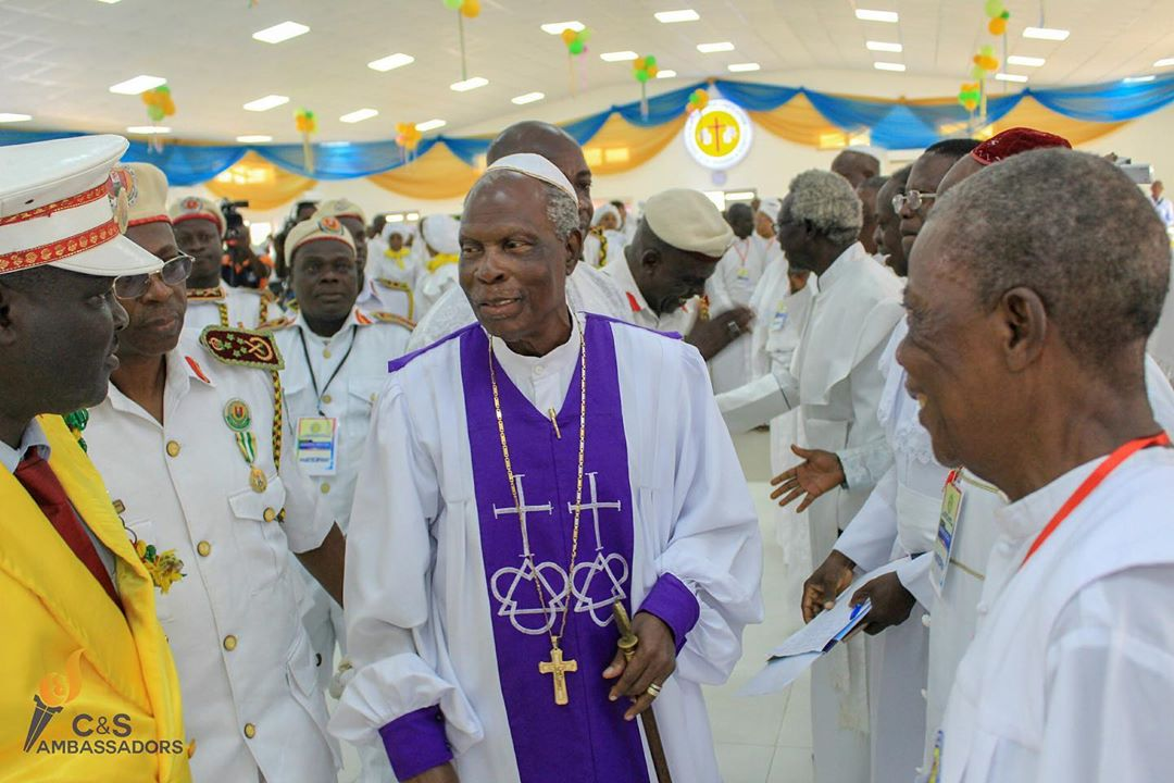 ANY CHURCH, PROPHET OR PROPHETESS THAT GOES BEYOND USE OF ANOINTING OIL AND WATER IN PRAYERS IS NOT PART OF US, BABA ALAO SAYS TO THE PRESS