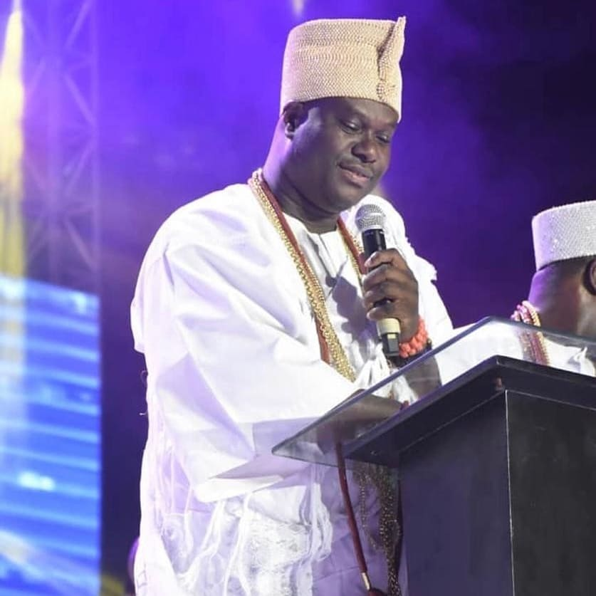 COMFORTER 2019: THERE HAS NEVER BEEN ANYTHING LIKE THIS IN THE HISTORY OF NIGERIA - OONI OF IFE