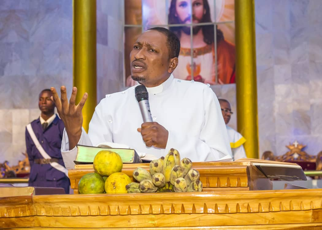 Man Quantifies Harvest Using Fruits, God Quantifies Using  Souls - Pastor Elijah Adeyemo
