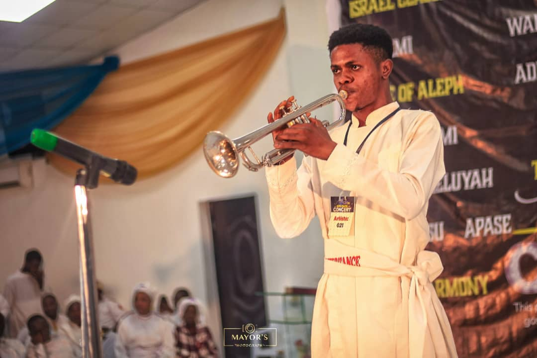 The Sound Of My Trumpet Sounds Mighty As The Voice Of God - Fere Jesu